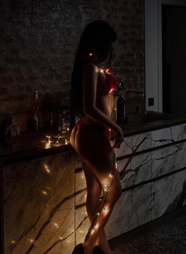 Проститутка Аланда, 34 года, метро Нижегородская улица