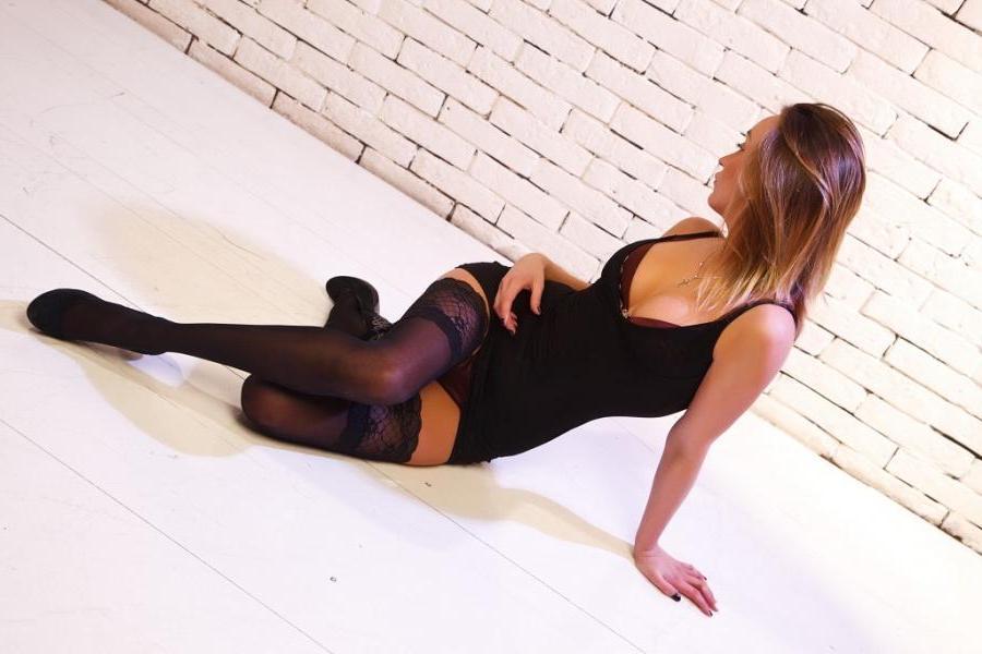 Проститутка Лира, 22 года, метро Волжская